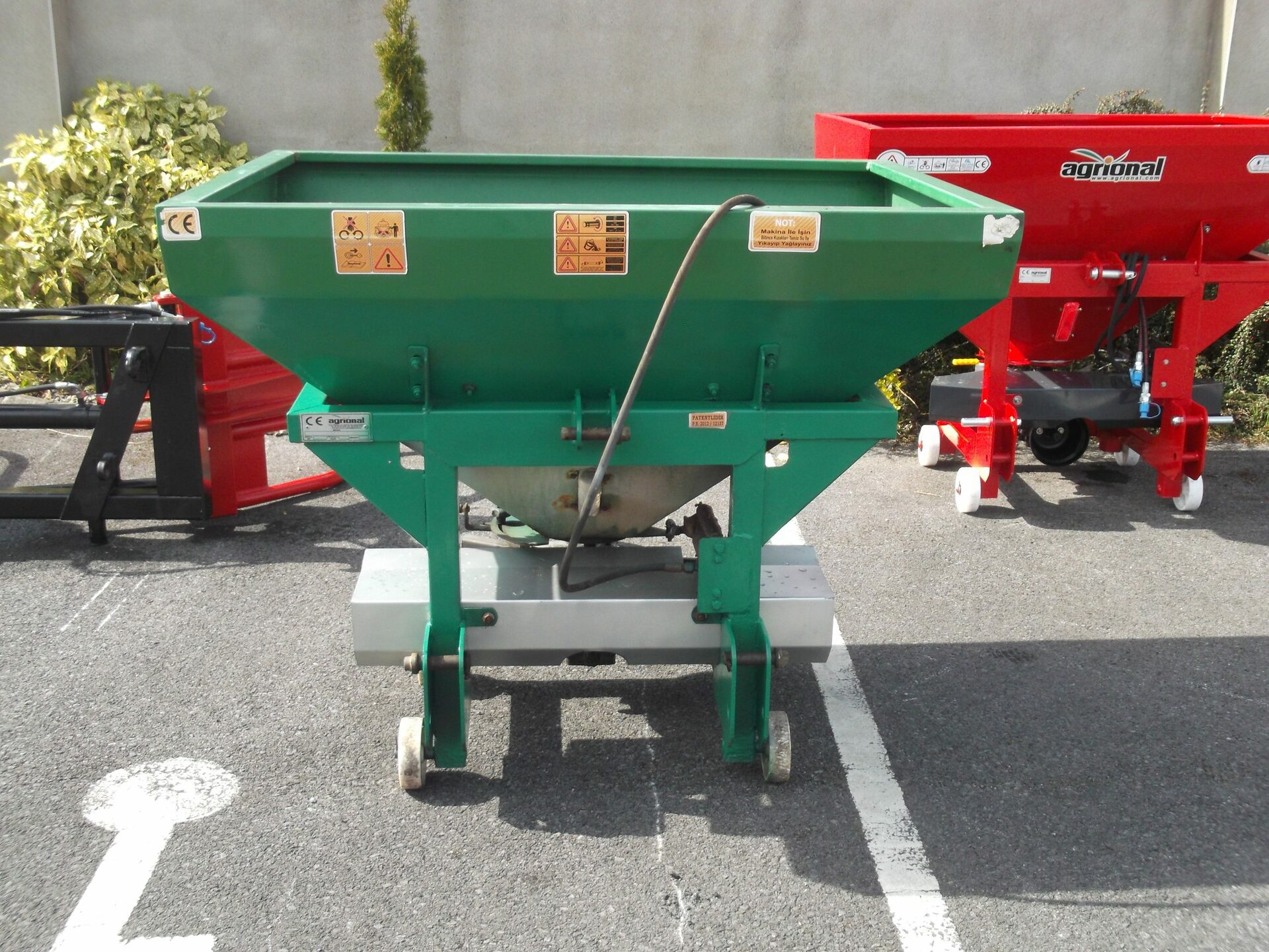 Used Agrional HALF TONNE SPREADER 2016 in Mayo